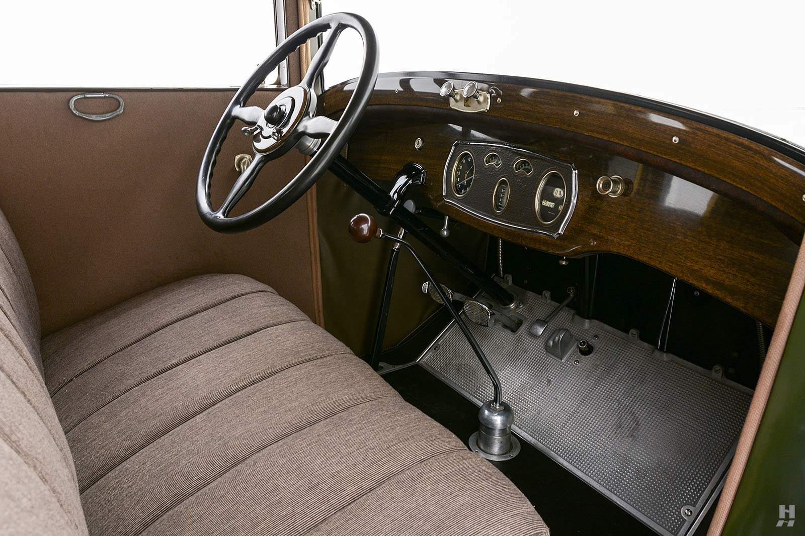 1928 Packard 526 Sedan For Sale (picture 5 of 6)