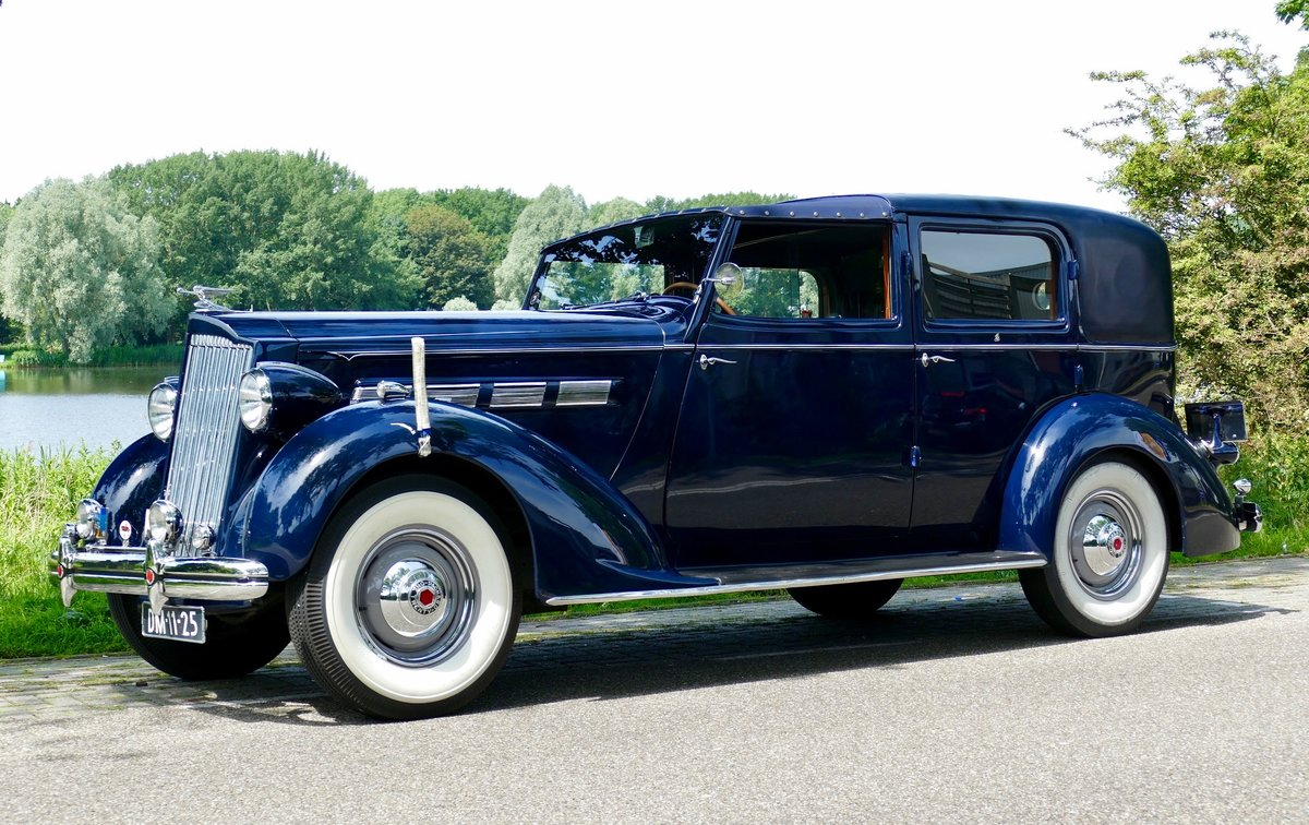Packard Model 120-C Towncar by Rollston 1937 For Sale (picture 1 of 6)