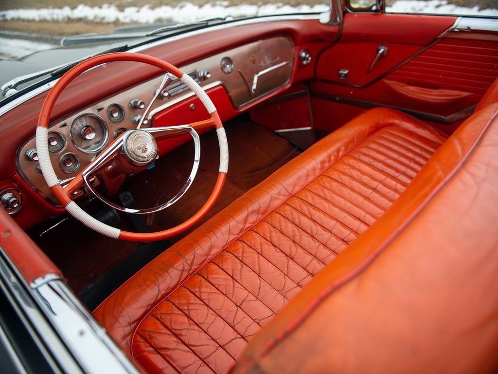 1955 Packard Caribbean Convertible  For Sale by Auction (picture 4 of 6)