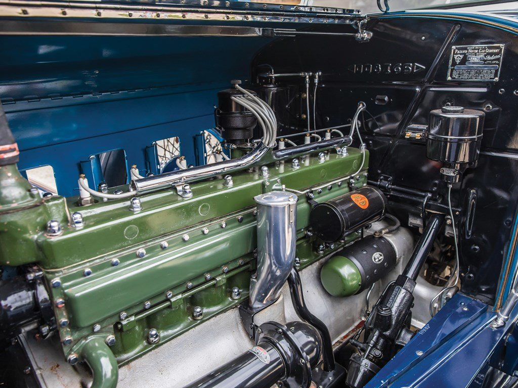 1929 Packard Deluxe Eight Sport Phaeton by Dietrich For Sale by Auction (picture 3 of 6)