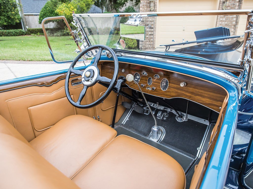 1929 Packard Deluxe Eight Sport Phaeton by Dietrich For Sale by Auction (picture 4 of 6)