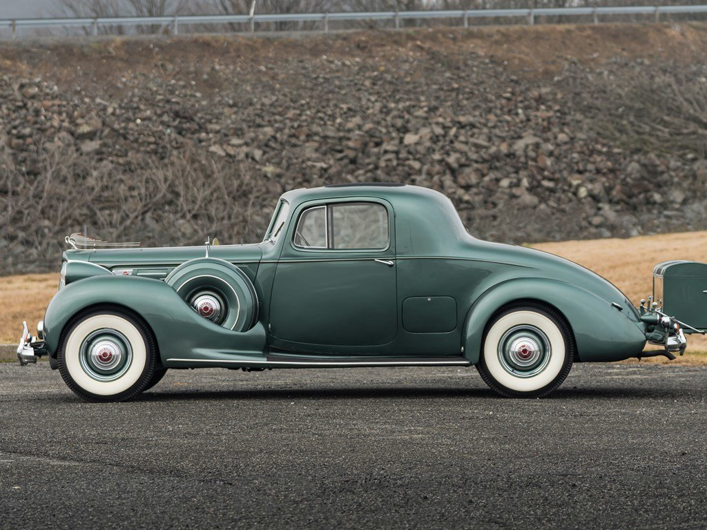 1939 Packard Twelve 24-Passenger Coupe  For Sale by Auction (picture 5 of 6)