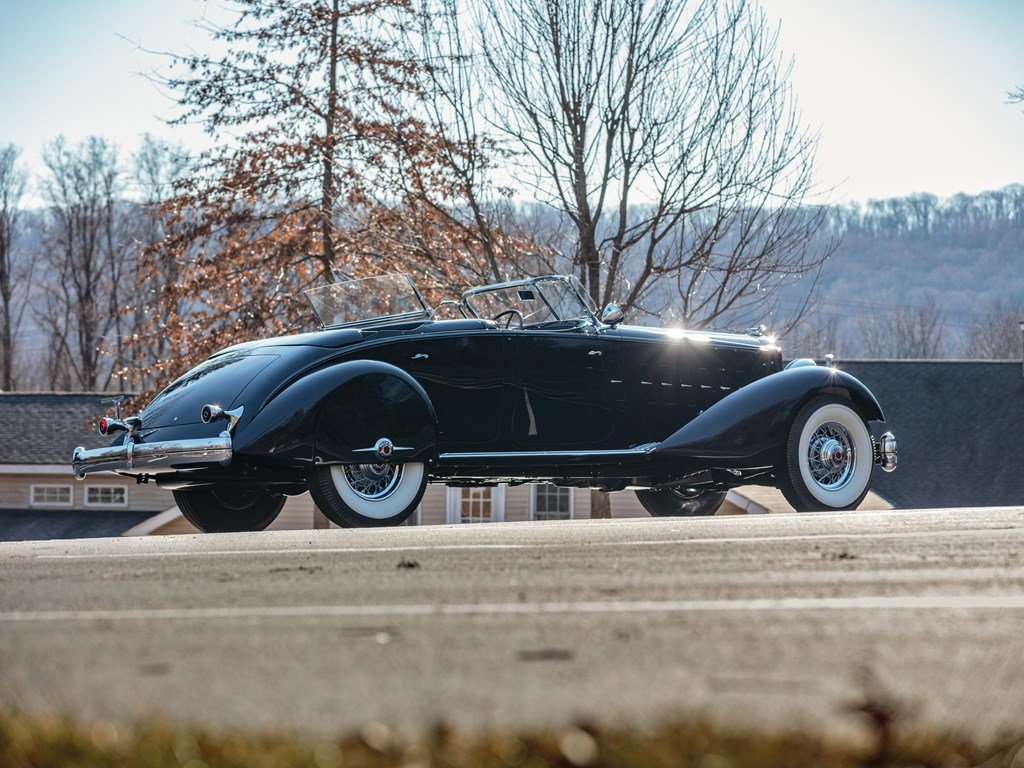 1934 Packard Twelve Individual Custom Sport Phaeton in the s For Sale by Auction (picture 2 of 6)