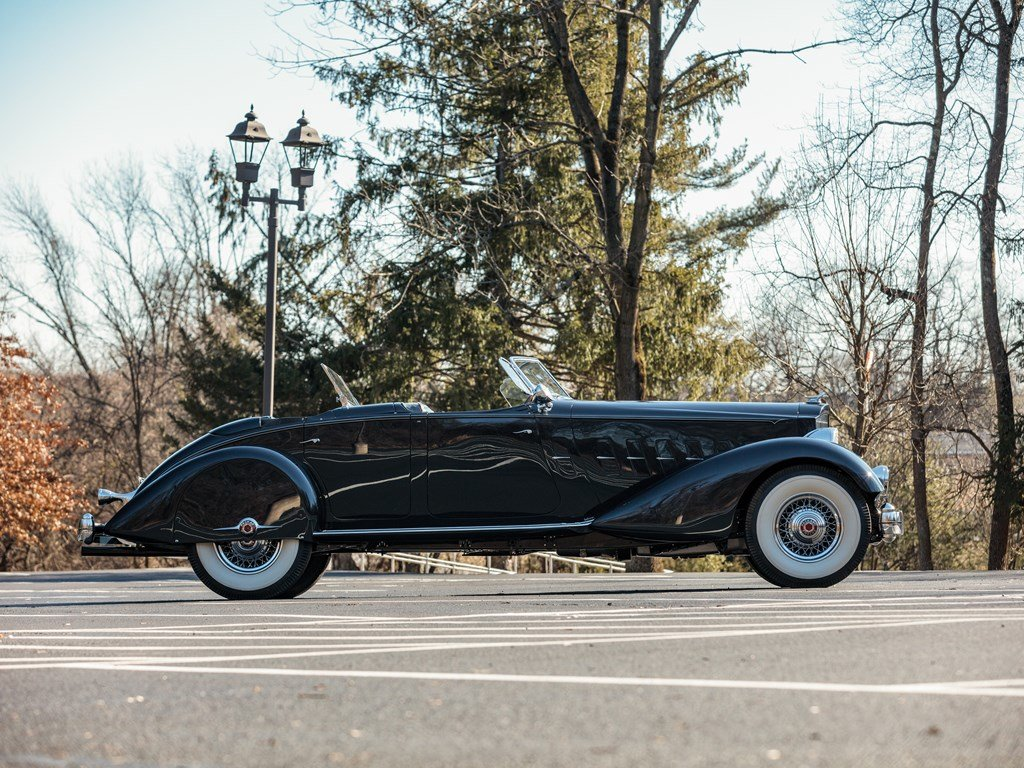 1934 Packard Twelve Individual Custom Sport Phaeton in the s For Sale by Auction (picture 5 of 6)