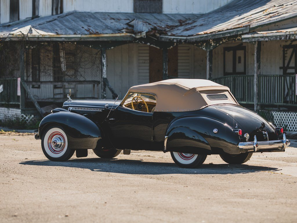1940 Packard Custom Super Eight One Eighty Convertible Victo For Sale by Auction (picture 2 of 6)