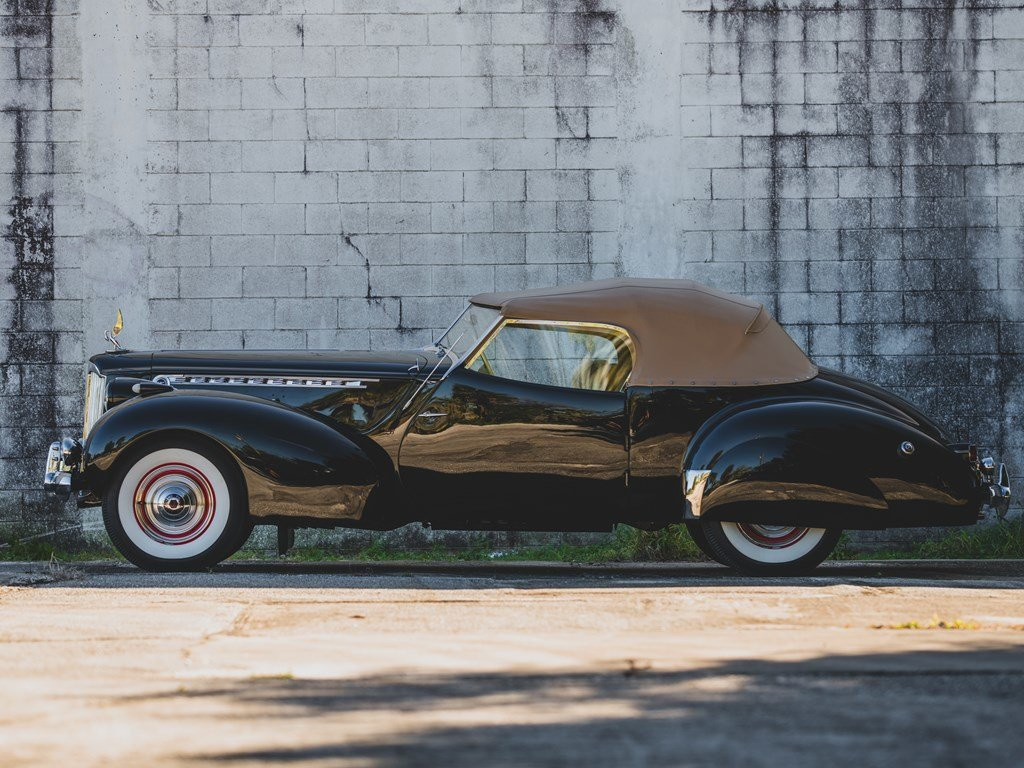 1940 Packard Custom Super Eight One Eighty Convertible Victo For Sale by Auction (picture 4 of 6)