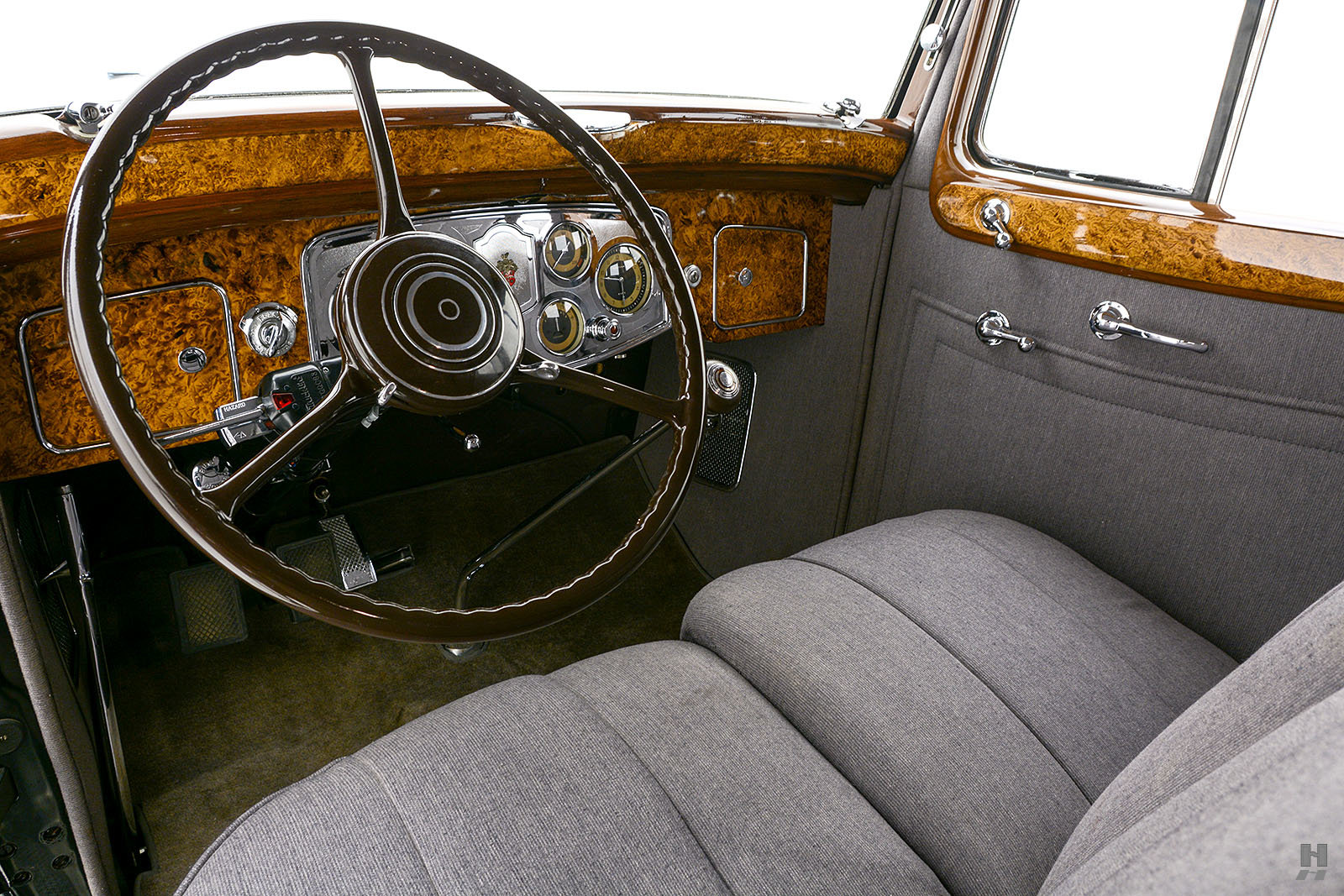1934 Packard 1100 Sedan For Sale (picture 4 of 6)