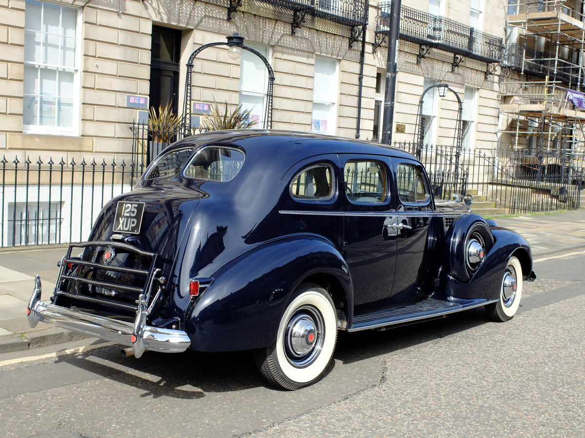 1939 PACKARD SUPER EIGHT - CONCOURS STANDARD - EXCEPTIONAL ! For Sale (picture 3 of 6)