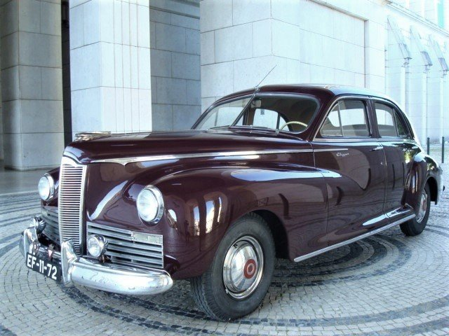 1945 Packard Clipper Special Eight (120) For Sale (picture 1 of 6)