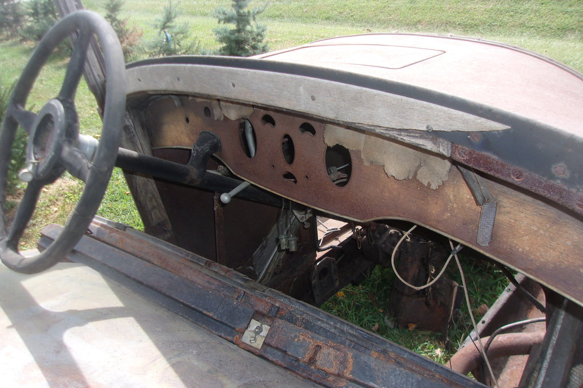 1929 Packard 7 Passenger Touring Sedan For Sale (picture 3 of 6)
