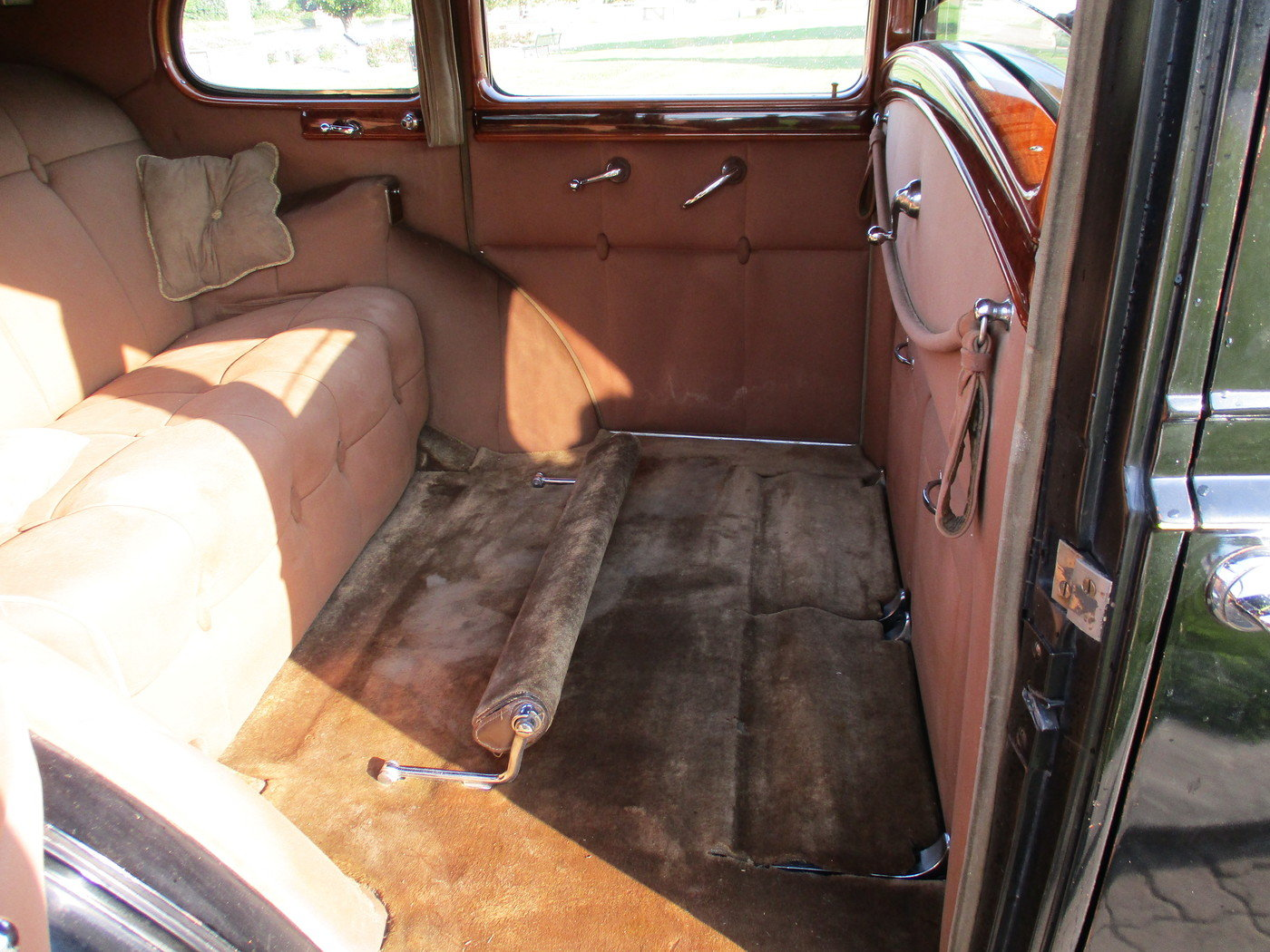 1939 Packard Model 1708 12 Cylinder Limousine For Sale (picture 7 of 12)