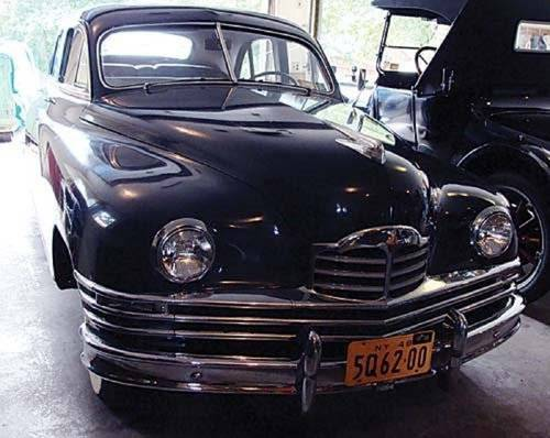 1949 Packard Deluxe Eight 4DR Sedan For Sale (picture 1 of 6)