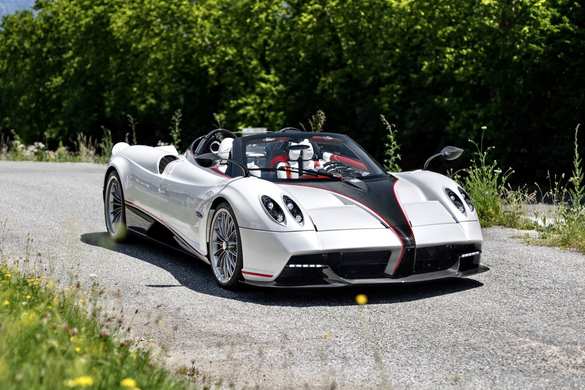 2019 Pagani Huayra Roadster For Sale by Auction (picture 1 of 5)