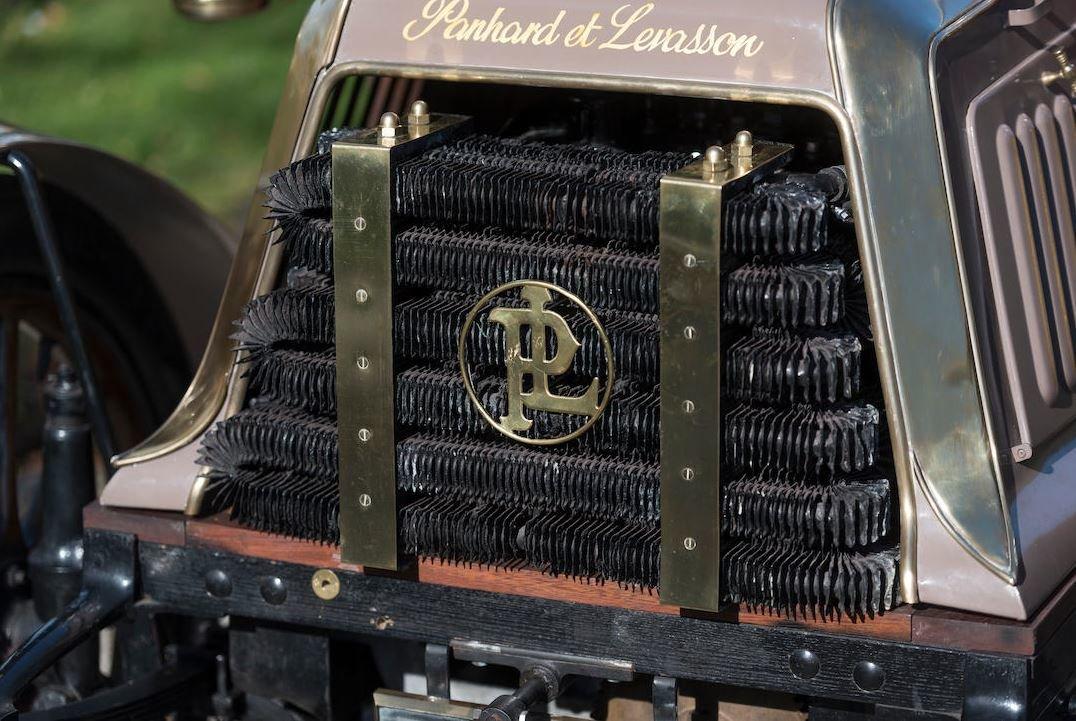 c.1902 Panhard & Levassor 7hp Rear Entrance Tonneau For Sale (picture 6 of 10)