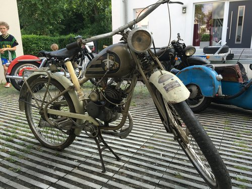 1939 Barn find: unrestored Panther SOLD (picture 2 of 6)