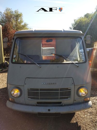 Peugeot J7 1970 Petrol for campervan dayvan foodtruck For Sale (picture 4 of 6)