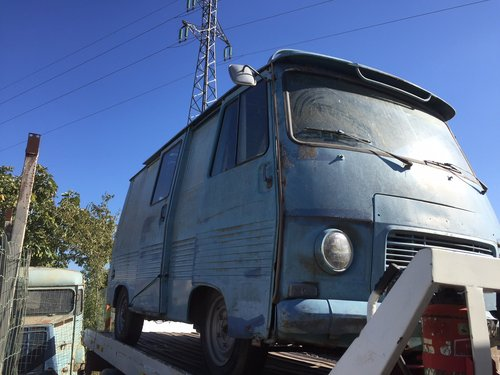 1976 Peugeot J7 petrol engine, ideal food truck REDUCED For Sale (picture 2 of 4)