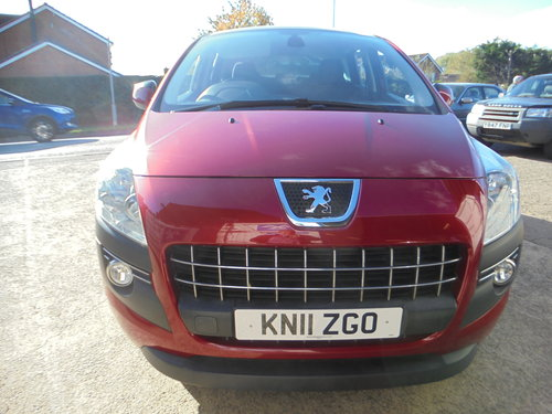 3500 3008 DIESEL MPV IN MATLIC RED SMART 6 SPEED MPV MOTED 11 PLA For Sale (picture 1 of 6)