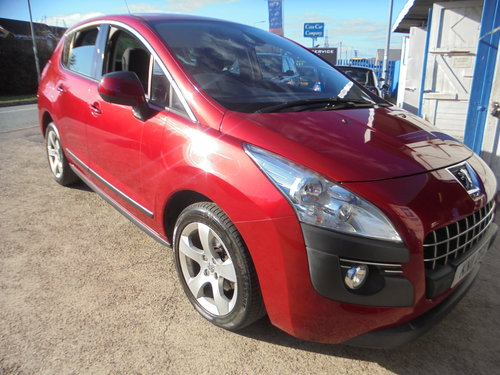 3500 3008 DIESEL MPV IN MATLIC RED SMART 6 SPEED MPV MOTED 11 PLA For Sale (picture 2 of 6)