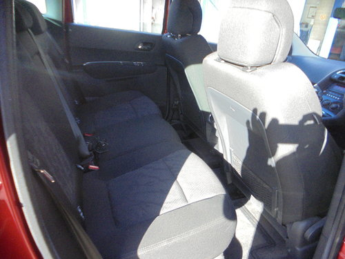 3500 3008 DIESEL MPV IN MATLIC RED SMART 6 SPEED MPV MOTED 11 PLA For Sale (picture 5 of 6)