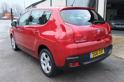 2011 PEUGEOT 3008 1.6 SPORT E-HDI FAP 5DR AUTOMATIC SOLD (picture 3 of 6)