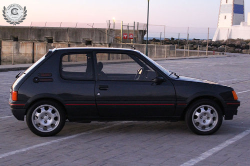 Peugeot 205 GTI 1.9 1988 SOLD (picture 3 of 6)