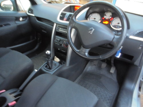 2008 SPORT 207 3 DOOR IN SLIVER 1600cc 5 SPEED PETROL 72,000 2020 For Sale (picture 5 of 6)