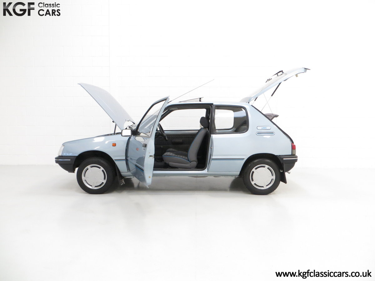 1990 A Superb Peugeot 205 Look with 25,802 Miles SOLD (picture 3 of 6)