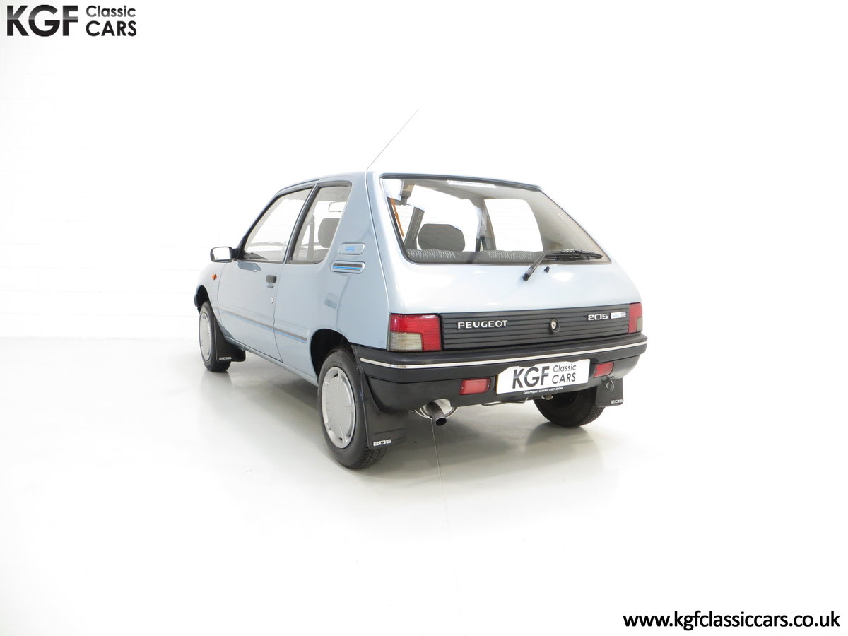 1990 A Superb Peugeot 205 Look with 25,802 Miles For Sale (picture 4 of 6)