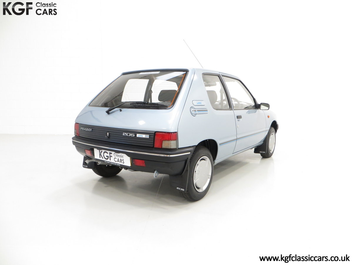 1990 A Superb Peugeot 205 Look with 25,802 Miles For Sale (picture 5 of 6)