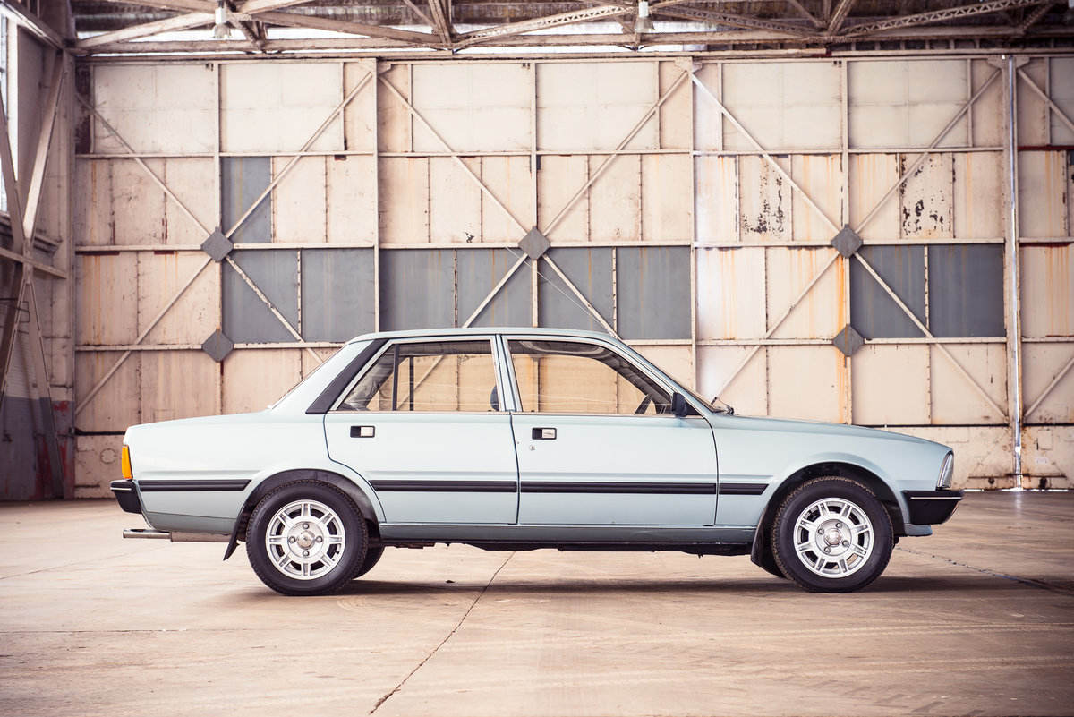 1983 Peugeot 505 STI:  7,900 miles For Sale (picture 2 of 6)