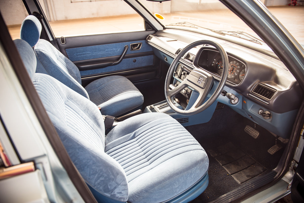 1983 Peugeot 505 STI:  7,900 miles For Sale (picture 4 of 6)