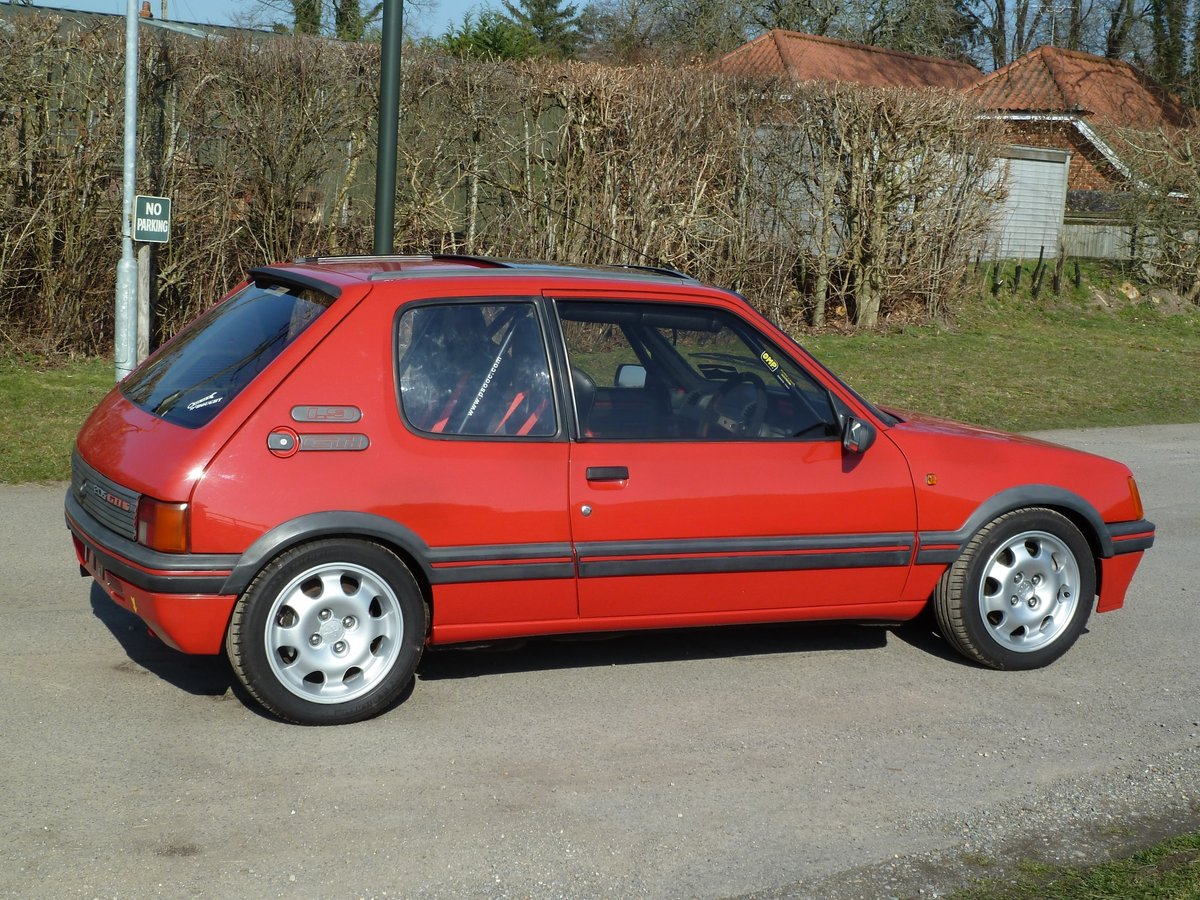 1989 PEUGEOT 205 GTI 1.9 with amazing specification SOLD (picture 4 of 6)