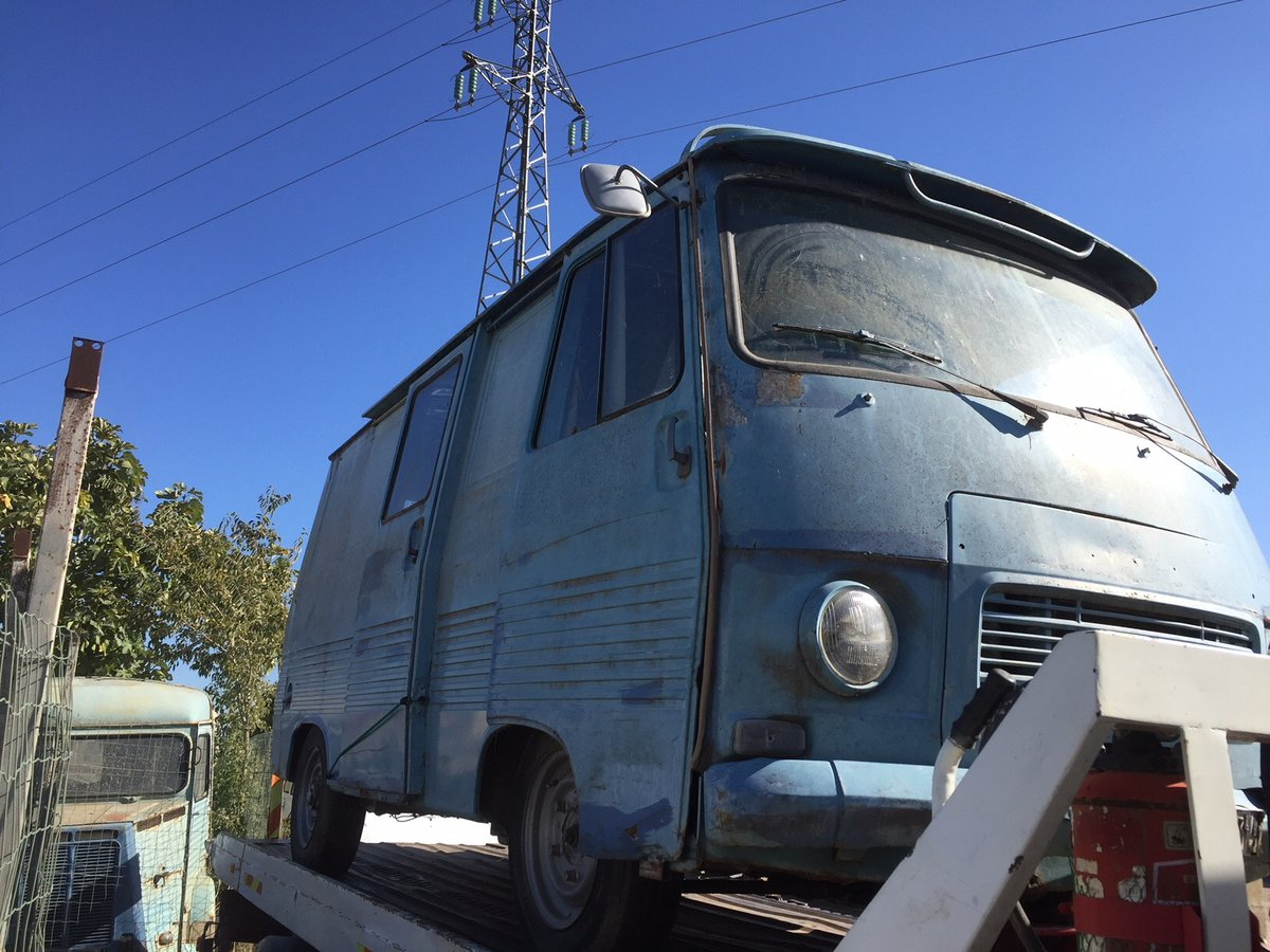 1975 peugeot J7, petrol, runner, ideal food truck For Sale (picture 2 of 5)