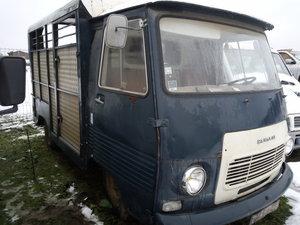 1979 French Peugeot J7 Bétaillère / Horsebox Van For Sale