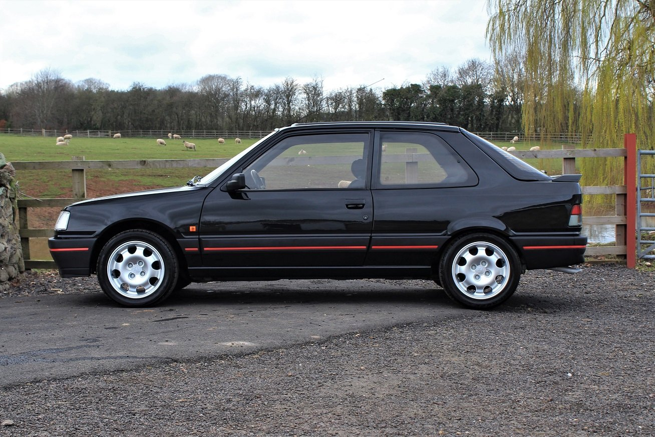 1990 Peugeot 309GTI 3dr LHD,54,903 miles from new For Sale (picture 2 of 6)