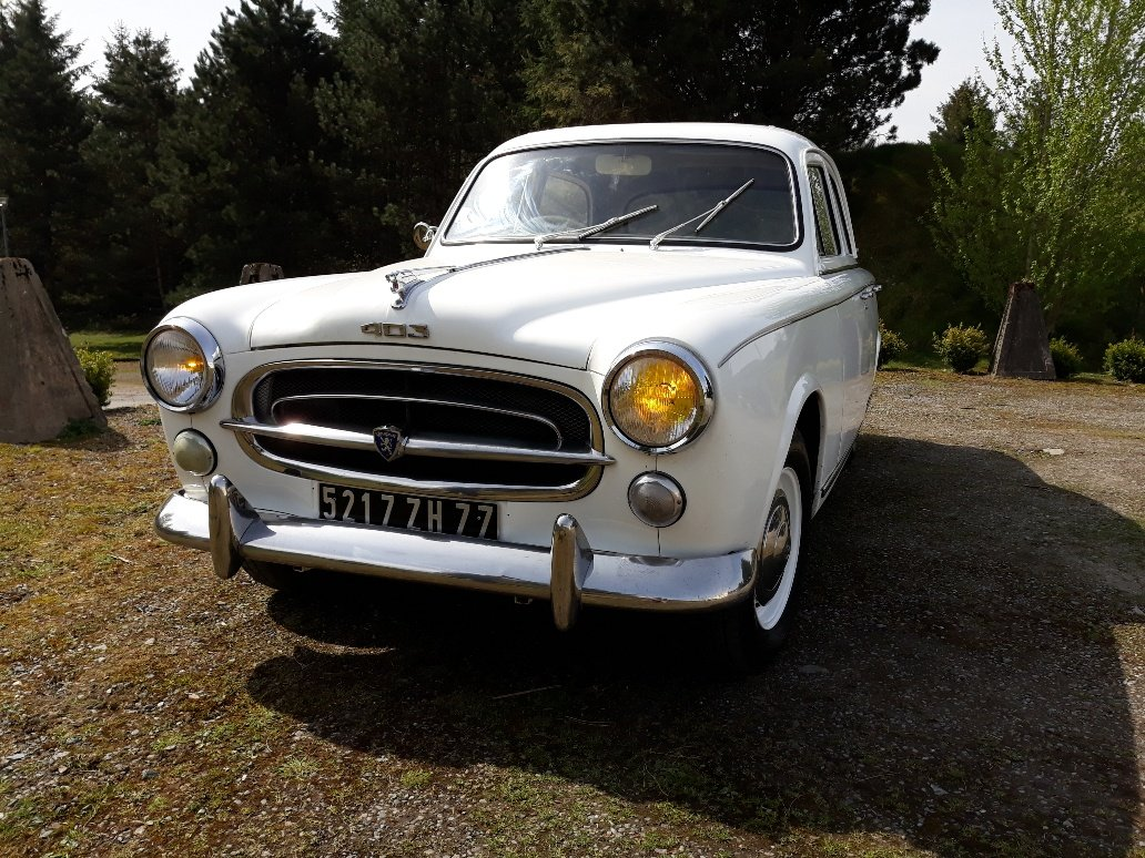 1959 Peugeot 403 RHD For Sale (picture 1 of 6)