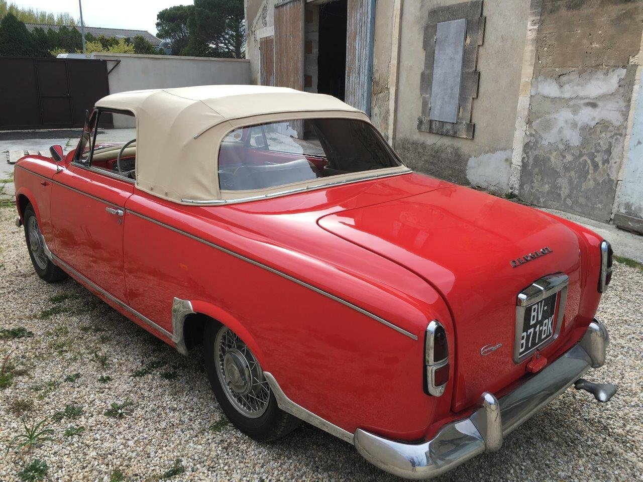 1959 Peugeot 403 Cabriolet For Sale (picture 3 of 6)