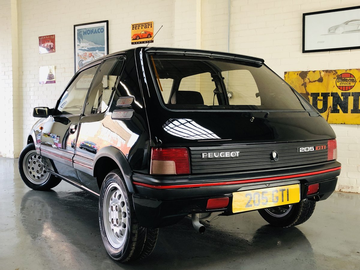 1995 PEUGEOT 205 GTI 1.6 - 2 OWNERS, RESTORED CAR, STUNNING SOLD (picture 4 of 6)