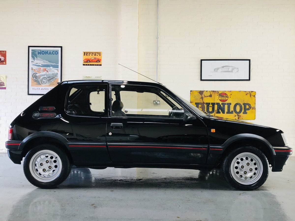 1995 PEUGEOT 205 GTI 1.6 - 2 OWNERS, RESTORED CAR, STUNNING SOLD (picture 5 of 6)