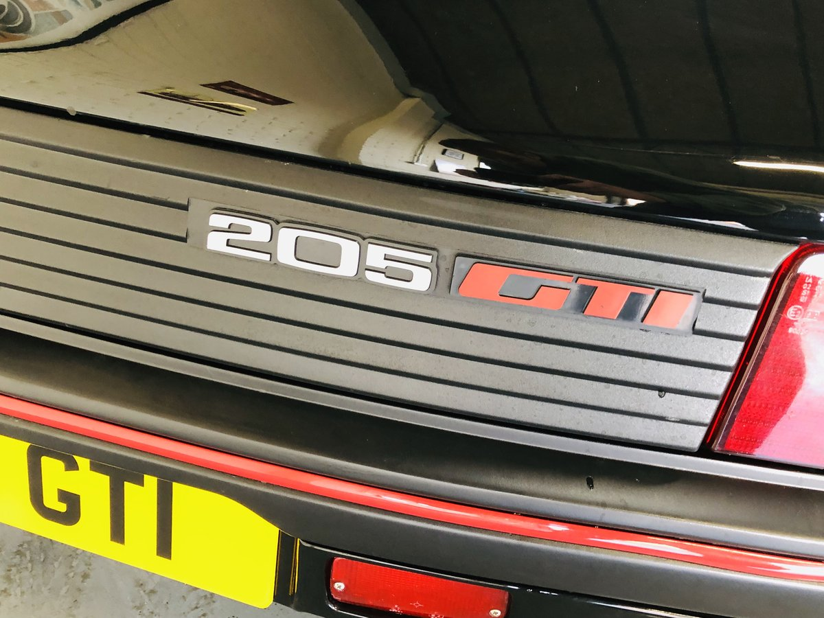 1995 PEUGEOT 205 GTI 1.6 - 2 OWNERS, RESTORED CAR, STUNNING SOLD (picture 6 of 6)