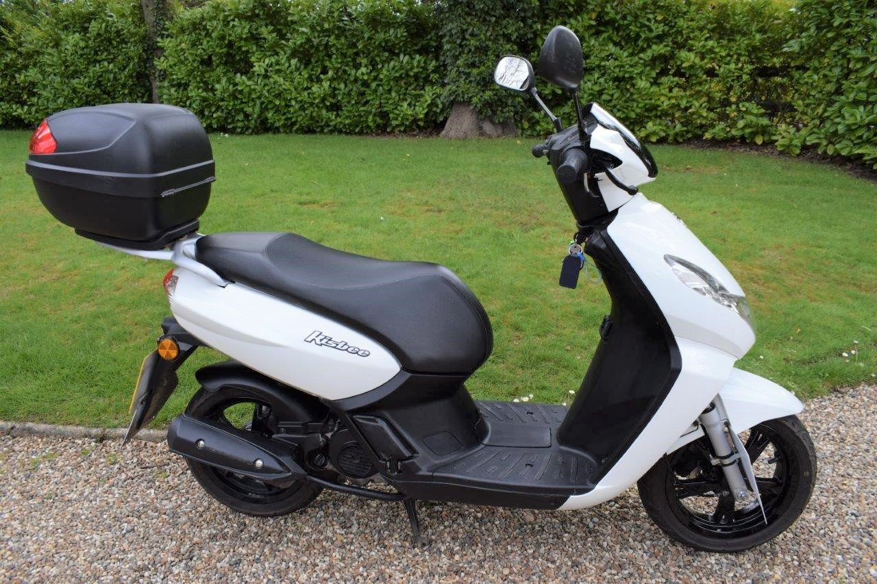 2018 Peugeot Kisbee 50cc Moped / Scooter 1-owner SOLD (picture 1 of 6)