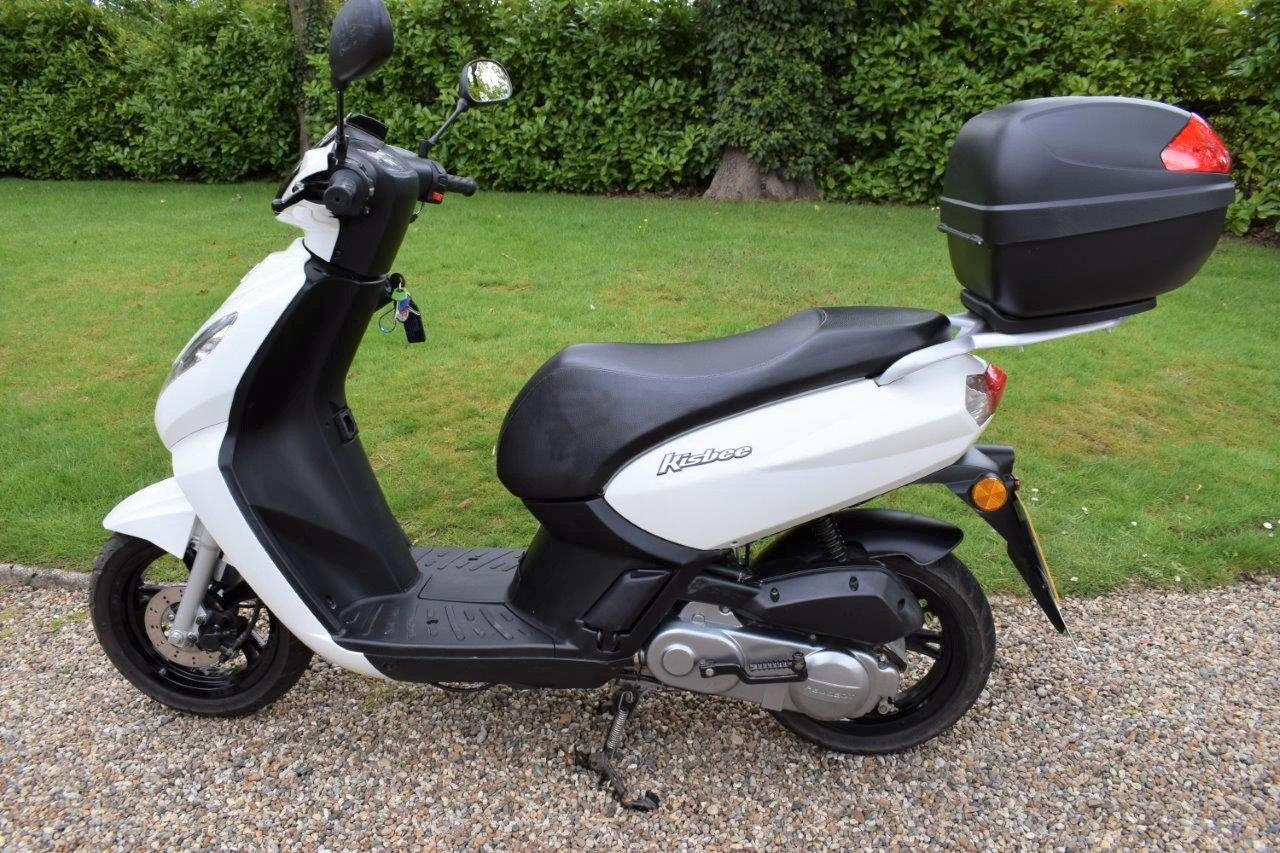 2018 Peugeot Kisbee 50cc Moped / Scooter 1-owner SOLD (picture 2 of 6)