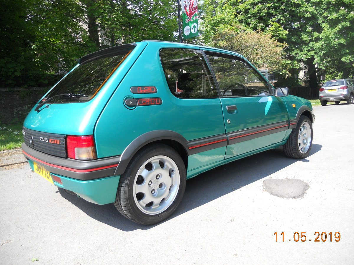 1991 Peugeot 205 1.9 GTI For Sale (picture 3 of 6)