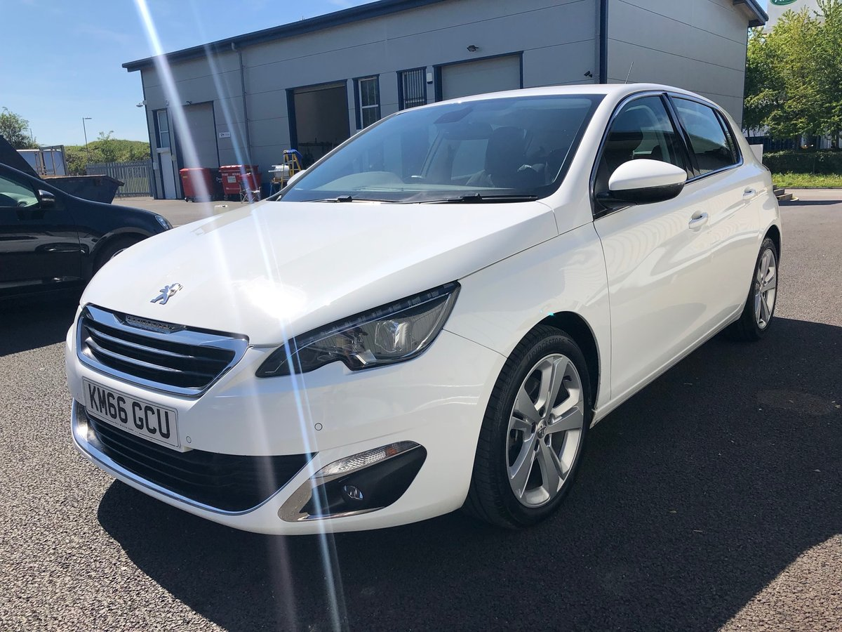 2016 PEUGEOT 308 2.0 BLUE HDI S/S ALLURE 5D AUTO 150 BHP SOLD (picture 4 of 6)