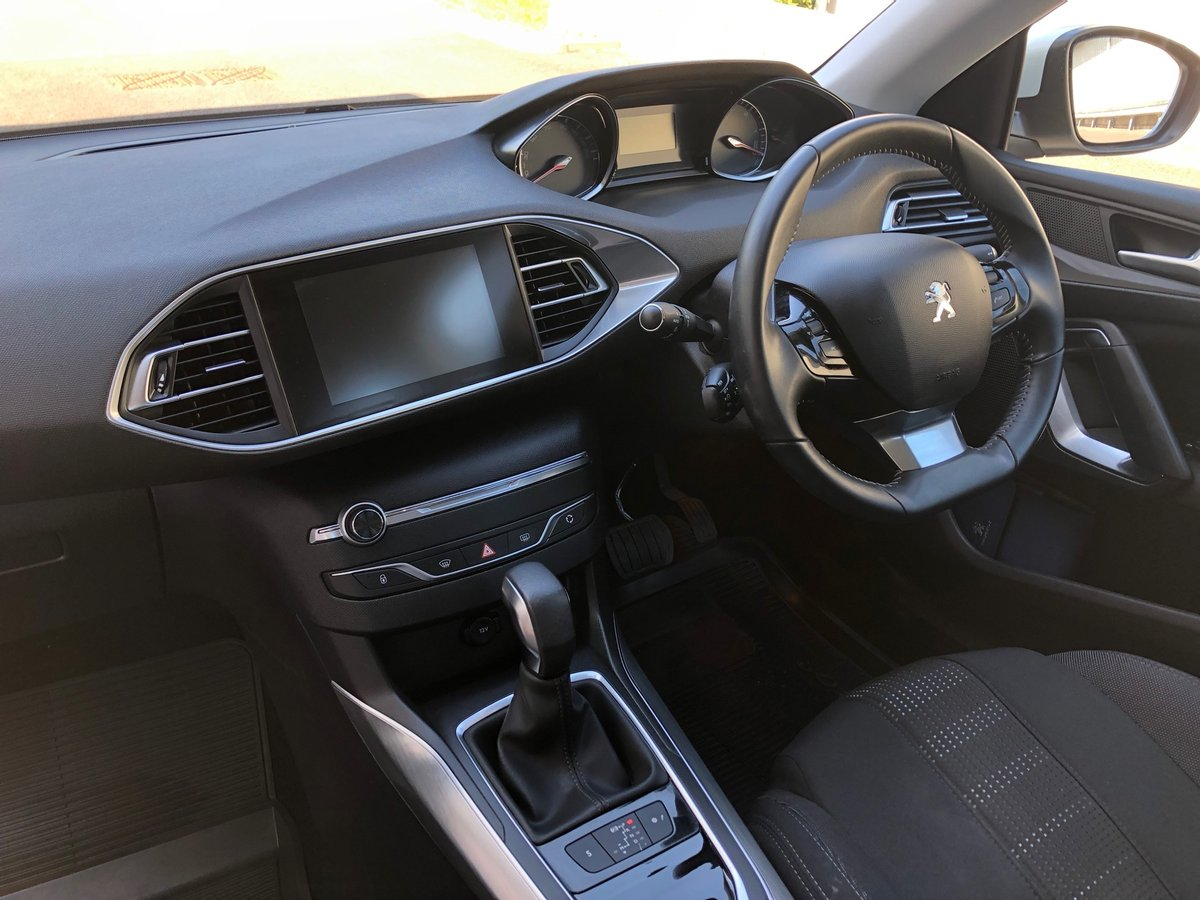 2016 PEUGEOT 308 2.0 BLUE HDI S/S ALLURE 5D AUTO 150 BHP SOLD (picture 6 of 6)