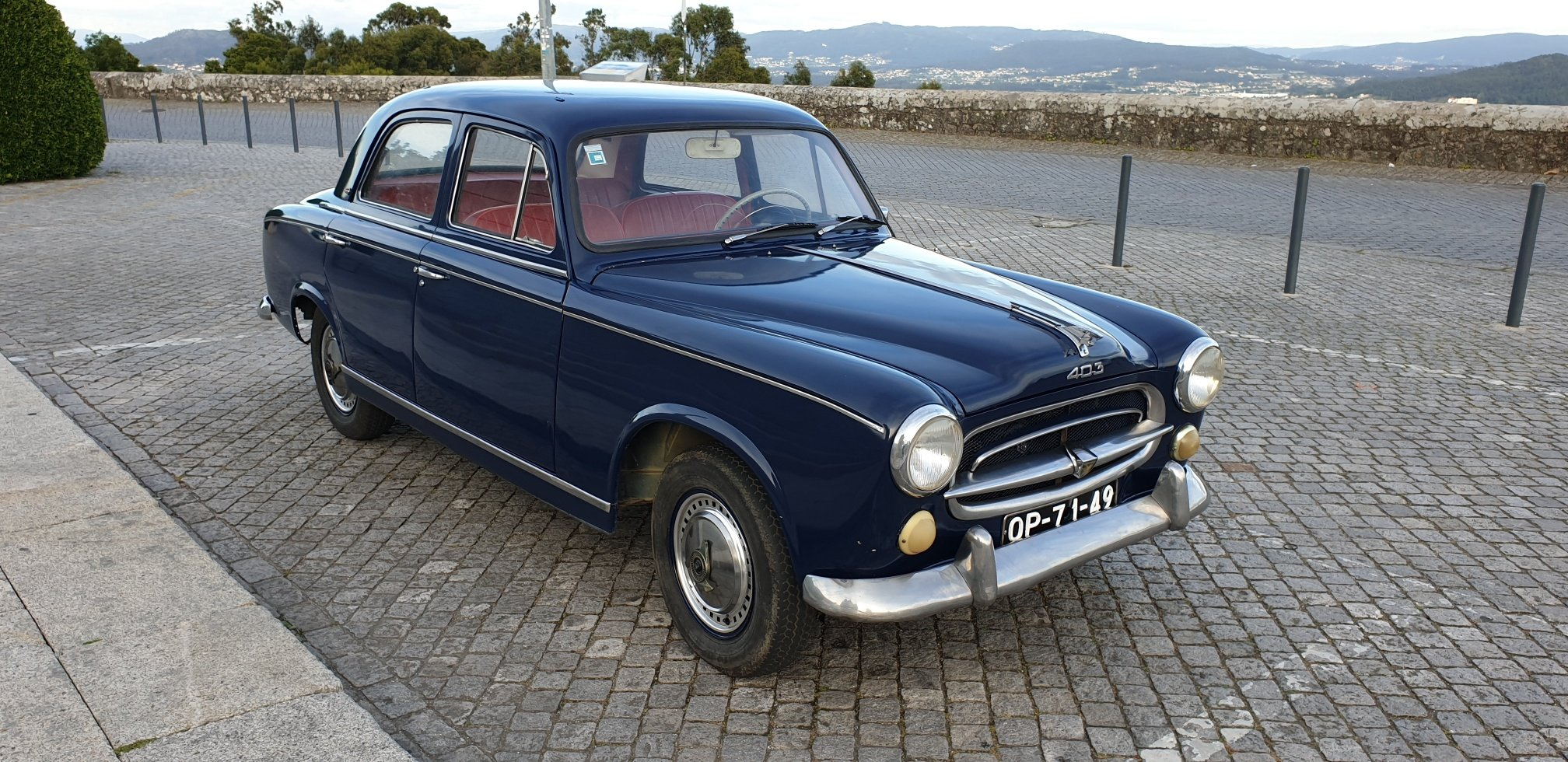 1960 Peugeot 403 Berline Grand Luxe for Sale For Sale (picture 2 of 6)