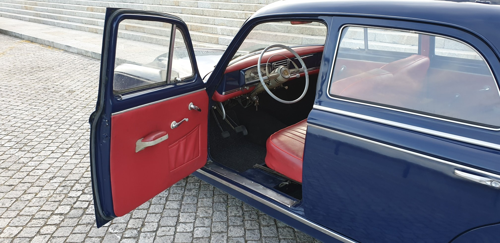 1960 Peugeot 403 Berline Grand Luxe for Sale For Sale (picture 6 of 6)