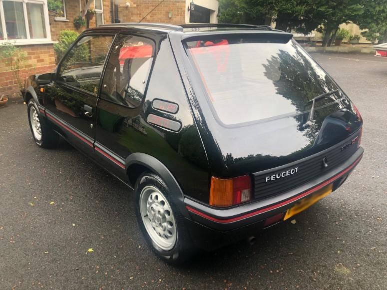 £8,995 : 1989 PEUGEOT 205 1.6 GTI For Sale (picture 3 of 6)