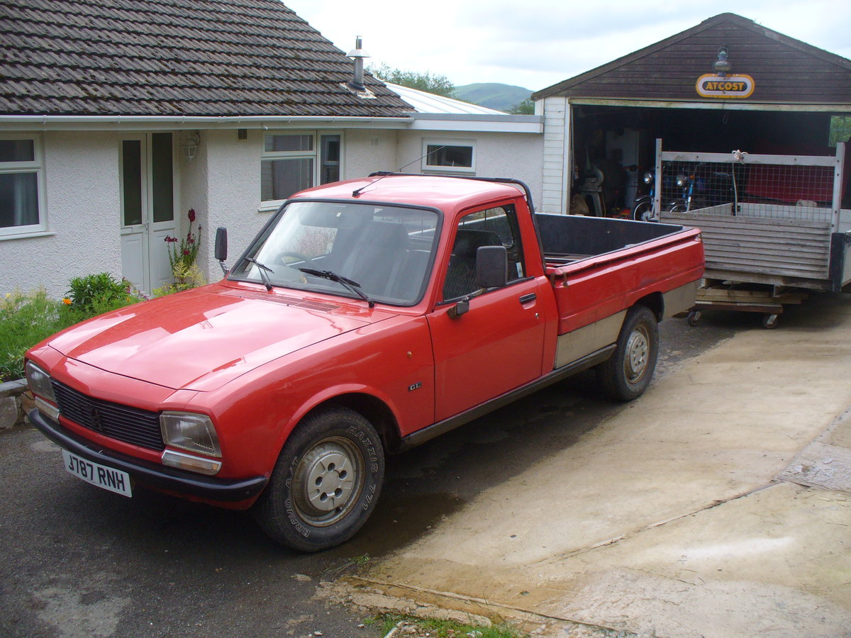 1992 peugeot 504 pick up, with mot ,also demountable  SOLD (picture 3 of 6)